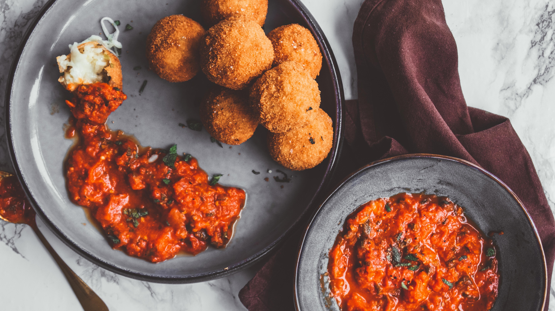 Arancini with Arrabbiata Sauce - Recipe - Food Blog