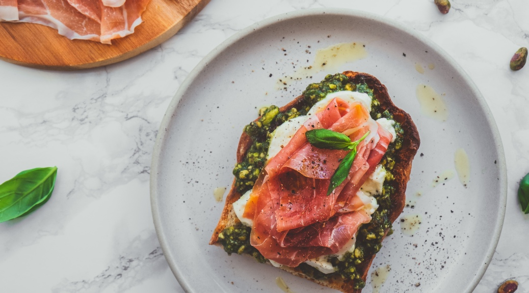 Pistachio Pesto with Parma Ham - Recipe - Food Blog